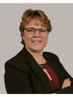 Pam Houdek of CENTURY 21 Realty Team photo