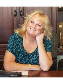 Kathie Lutz of CENTURY 21 Goldfire Realty