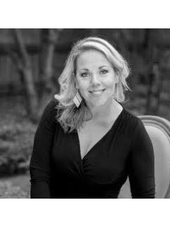 Kristen Farrington of CENTURY 21 Triangle Group