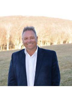 Cas Vernon of CENTURY 21 Mountain Vistas