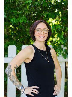 Alisha Bradley of CENTURY 21 Homes & Investments