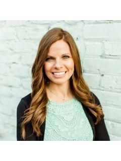 Jessica Farr of CENTURY 21 Robinson Realty, Inc.