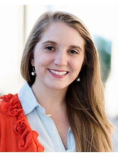 Nikki Ward of CENTURY 21 Vanguard