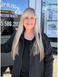 Yvonne Simonds of CENTURY 21 Prestige Realty