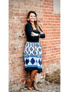 Nicole of CENTURY 21 Legacy