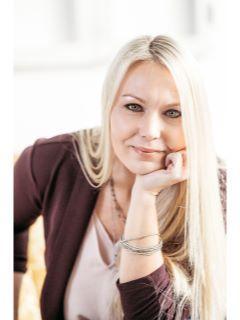Emilie Portz of CENTURY 21 Krogman & Company