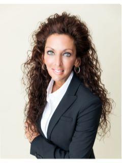 Melissa Ramakers-Forletta of CENTURY 21 AAA North