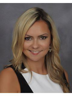 Kristy Woliver of CENTURY 21 Commander Realty, Inc. photo