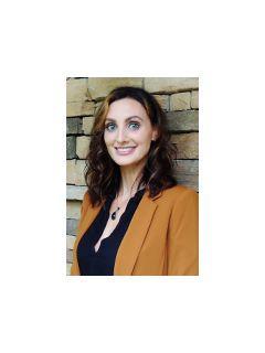 Sally McLemore of CENTURY 21 Properties Plus