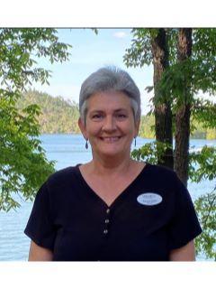 Barbara Veleke of CENTURY 21 Lake Area Realty, Inc.