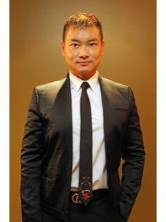 Jason Wong of CENTURY 21 iProperties Hawaii