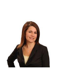 Tracy Knall of CENTURY 21 HomeStar