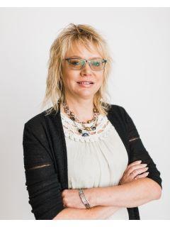 Kirsten Madden of CENTURY 21 Four Seasons Realty photo