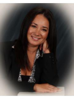 Isela Herrera of CENTURY 21 Town & Country