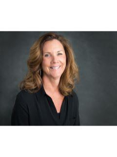 Kelly Tuntland of CENTURY 21 Beutler & Associates