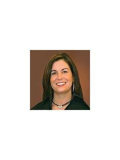 Kimberly Benoit of CENTURY 21 Shutters & Sails