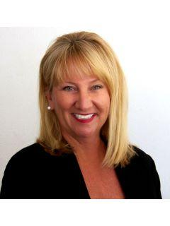 Ilona McKinley of CENTURY 21 Coast to Coast