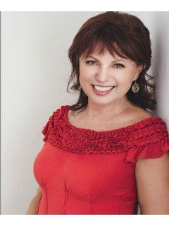 Franca Amoroso-Chang of CENTURY 21 Toma Partners