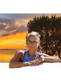Lynn Slyman of CENTURY 21 Island Life photo