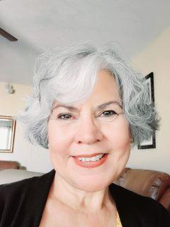 Esther Maciel-Thompson of CENTURY 21 Americana