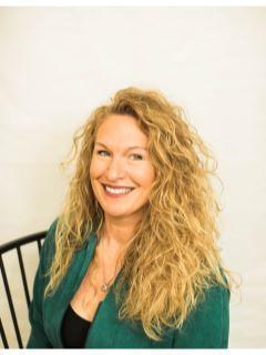 Kristin Aldredge of CENTURY 21 Premier Group photo