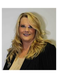 amy prego of CENTURY 21 Castle Realty