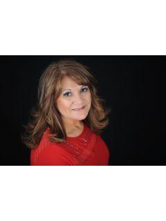 Beth Gragg of CENTURY 21 First Choice Realty