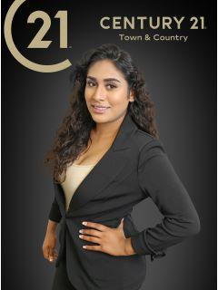 Beatriz Montano of CENTURY 21 Town & Country