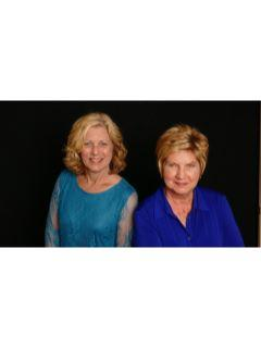 Sandy & Judy, Sales R Us of CENTURY 21 Myers Realty