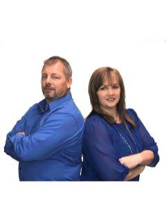 Team Thoennes of CENTURY 21 First Realty
