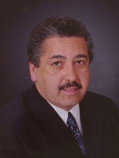 Ismael Betancourt Sr of CENTURY 21 Award