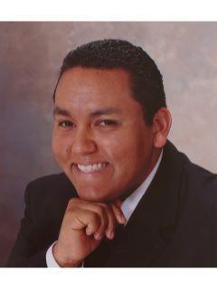 Ismael Betancourt of CENTURY 21 Award