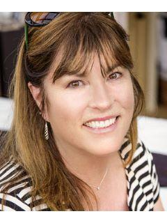 Paula Lewis