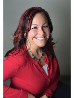 Amy Neuharth