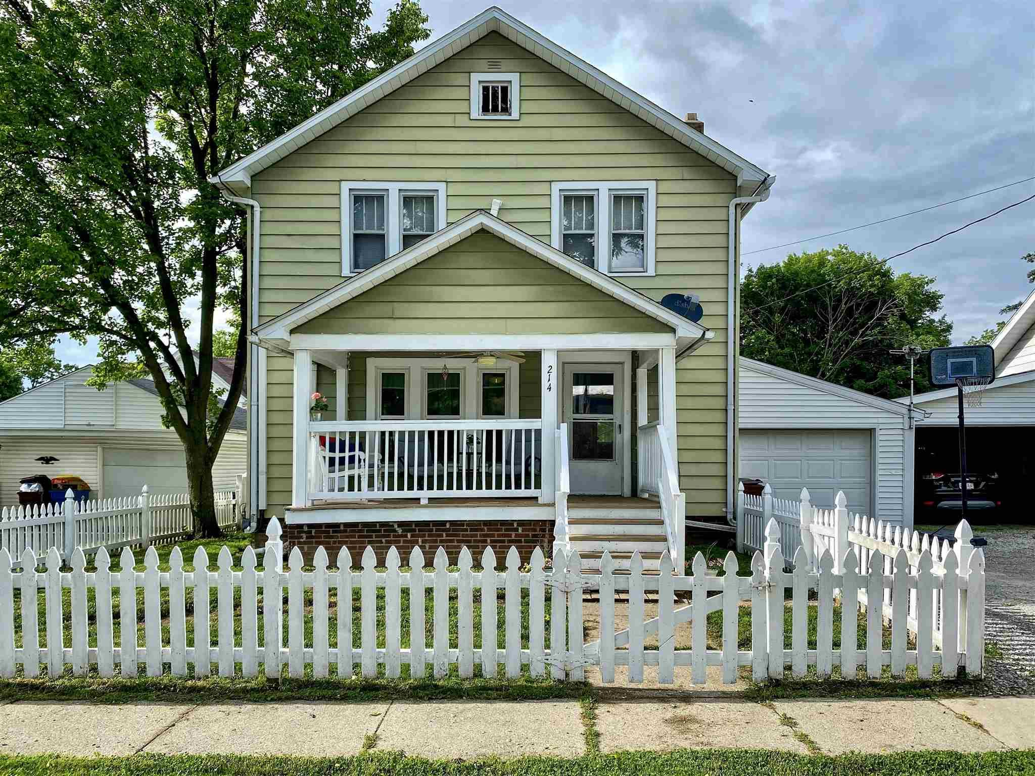Property Image for 214 E 18th Street