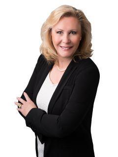 Linda McCall of CENTURY 21 Award