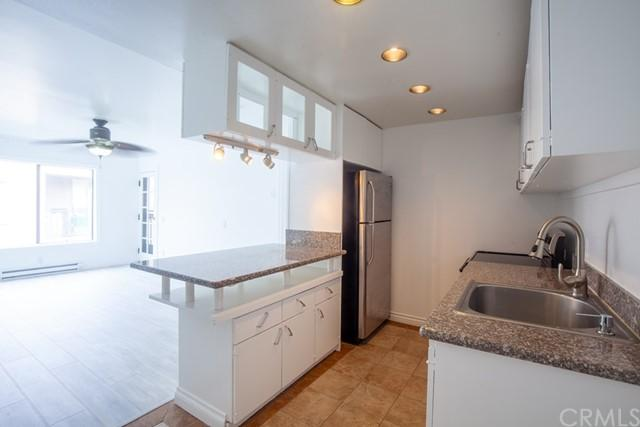 Property Image for 225 W 6th Street , 502