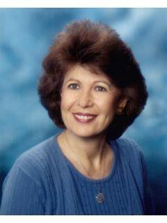 Gitta Earll of CENTURY 21 Masters photo