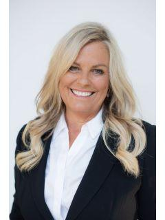Cindy Beckman of CENTURY 21 Affiliated