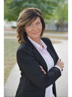Michelle Utter of CENTURY 21 Affiliated
