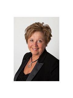 Cindy Wright of CENTURY 21 Affiliated