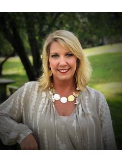 Jennifer Saltsgaver of CENTURY 21 Legacy