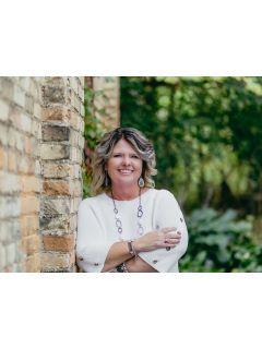 Pamela Mackinder of CENTURY 21 Affiliated photo