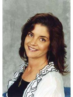 Kelly Brown of CENTURY 21 Legacy