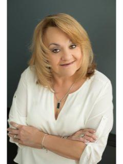 Maryann Rogers of CENTURY 21 Affiliated