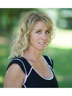 Joani Becker of CENTURY 21 Affiliated