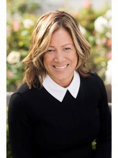 Susanne Draper of CENTURY 21 Masters