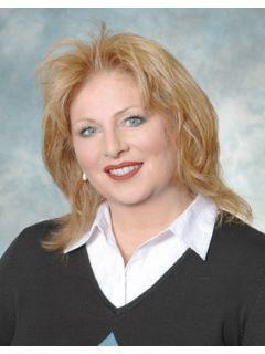 Lisa Carter of CENTURY 21 Schutjer Realty, Inc.