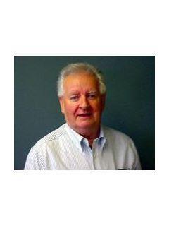 Anthony Drewek of CENTURY 21 Market - Tech Realtors