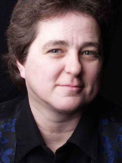 Debra Marshall of CENTURY 21 Mountain Lifestyles